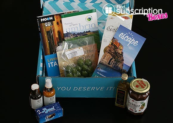 December 2013 Escape Monthly Destination-Themed Monthly Subscription Box Review