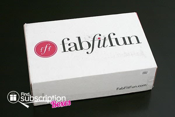 Winter 2013 FabFitFun VIP Box Review - Box