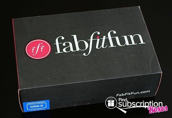 Spring 2014 FabFitFun VIP Box Review - Box