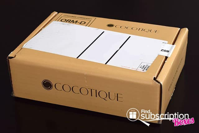 October 2014 COCOTIQUE Box Review - Outer Box