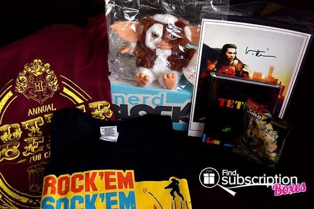 December 2014 Nerd Block Classic Box Review - Box Contents