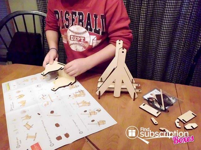 Tinker Crate Box Review - Building a Trebuchet