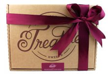 Treatsie Deluxe Chocolate Bar Mystery Box