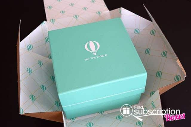Try The World February 2015 Venice Box Review - Inner Box