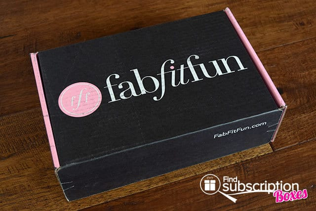 FabFitFun Summer 2015 VIP Box Review - Box