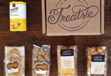 Treatsie June 2015 Box Review - Box Contents