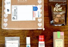 LOVE GOODLY Review - October/November 2015 Box Contents