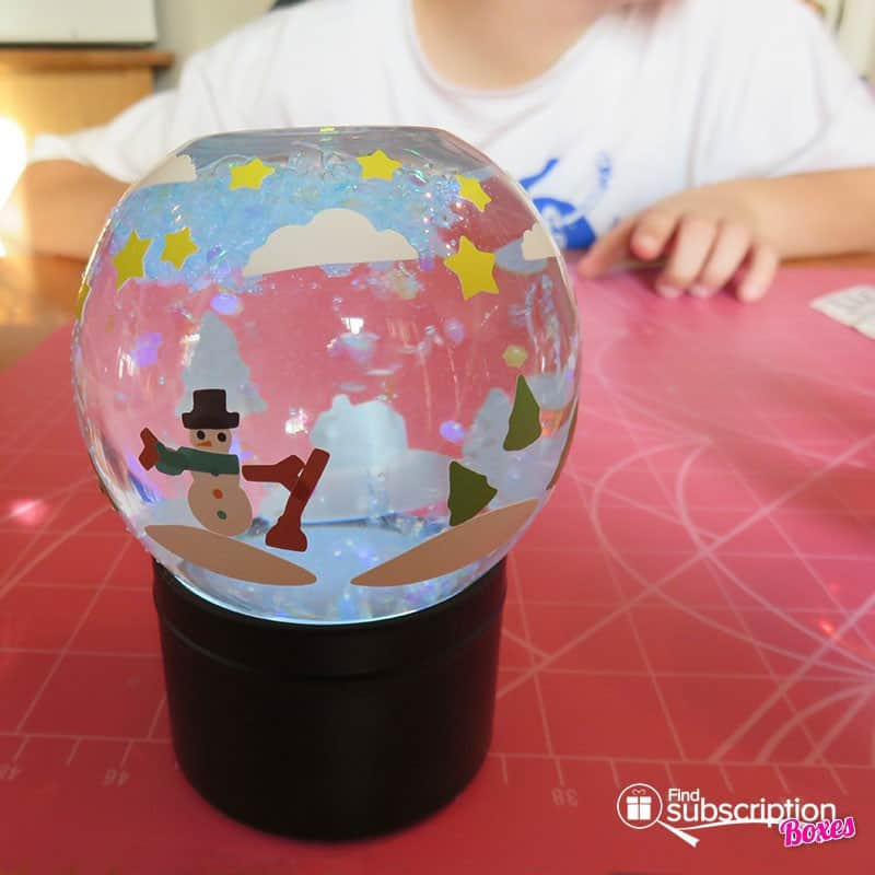 Kiwi Crate My Glowing Snow Globes Crate Review