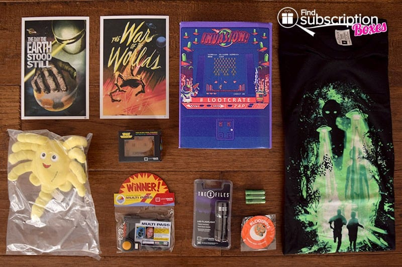 January 2016 Loot Crate Review - Invasion Crate - Box Contents