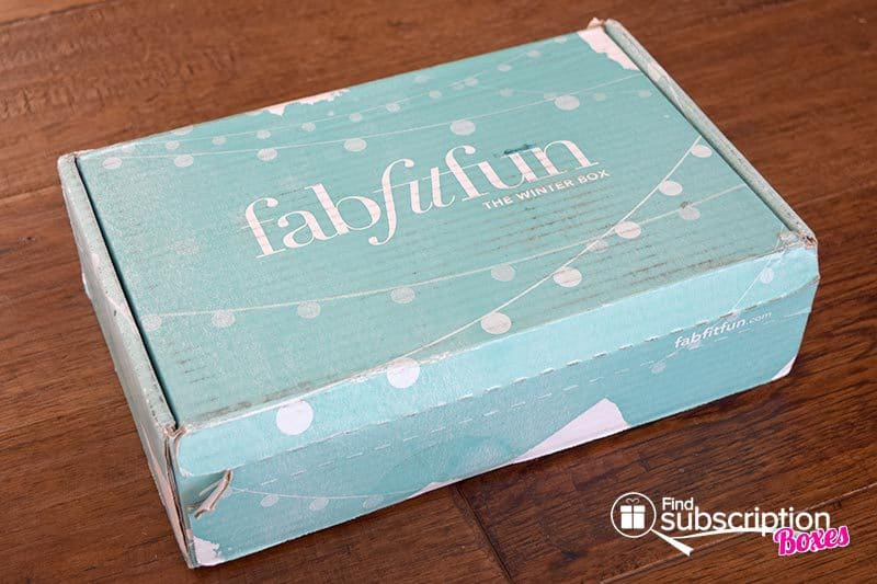 Winter 2015 FabFitFun VIP Box Review - Box