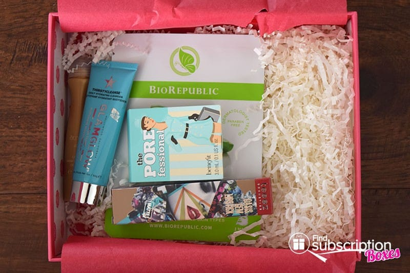 February 2016 GLOSSYBOX Review - First Look