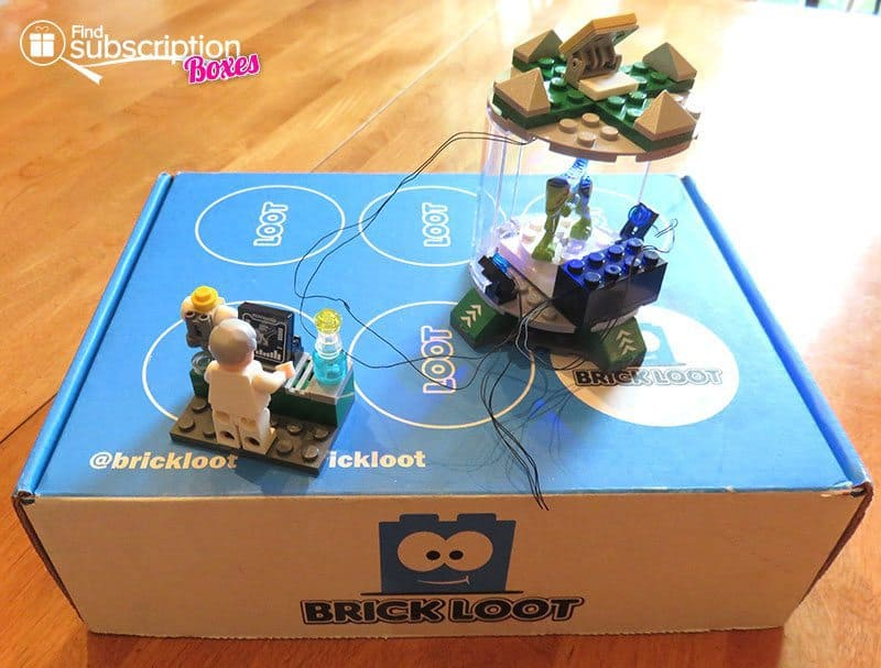 Brick Loot June 2016 Review - Mad Science Lab