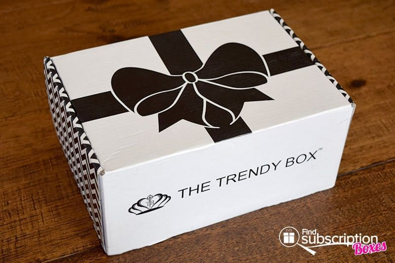 May 2016 The Trendy Box Review - Box