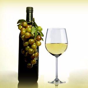 5 Reasons to Open a Bottle of Wine Tonight