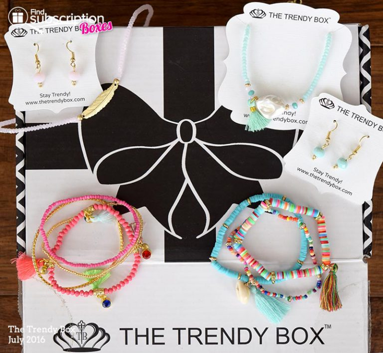 July 2016 The Trendy Box Review - Box Contents