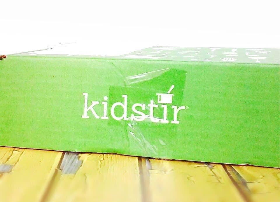 September 2016 Kid Stir Review - Box