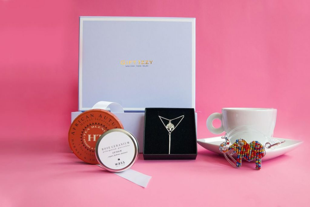 Gift Izzy Luxury Subscription Box