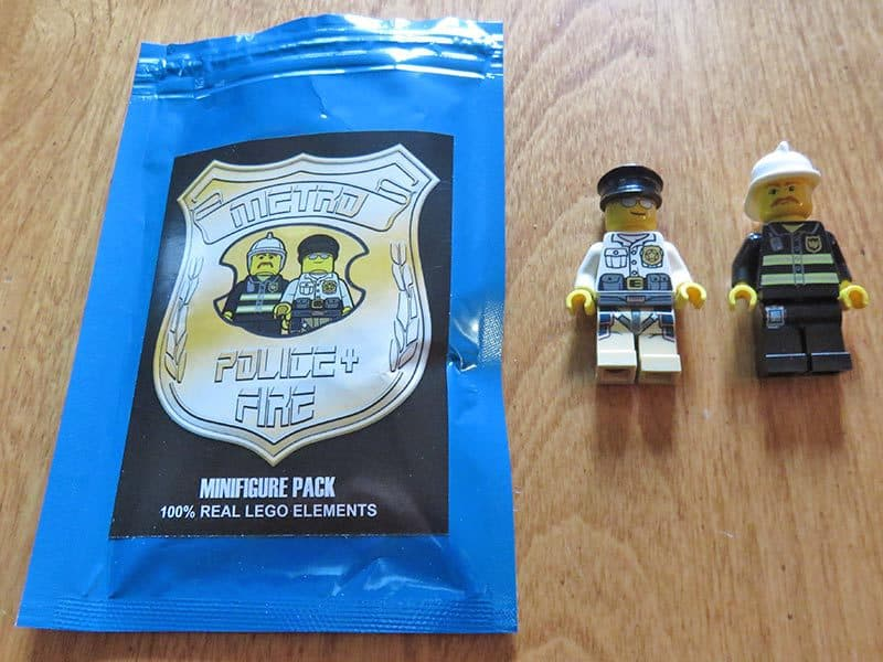 Brick Loot September 2016 Review - Metro Police + Fire