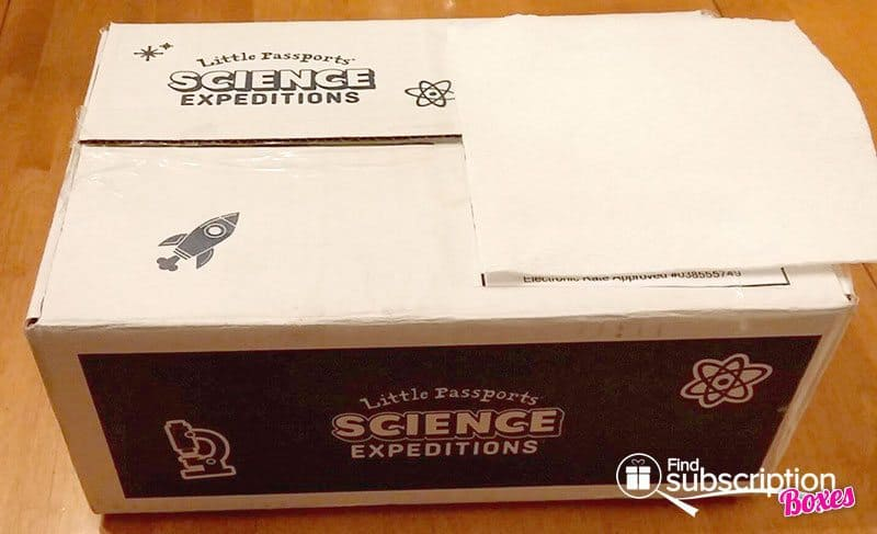 December 2016 Little Passports Science Expeditions Review - Box