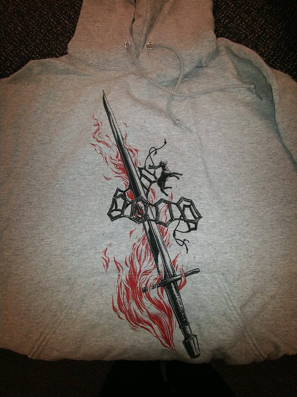 Loot Crate DX November 2016 Review - Game of Thrones Hoodie