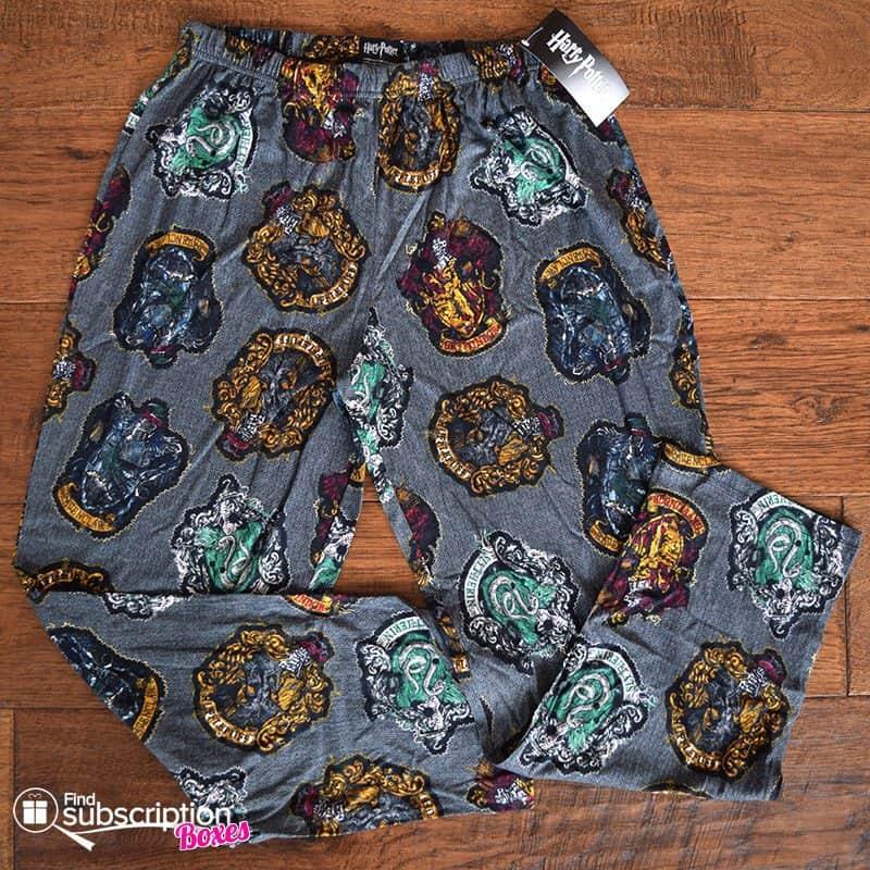 November 2016 Loot Wear Review - Loot Wearables Harry Potter Lounge Pants