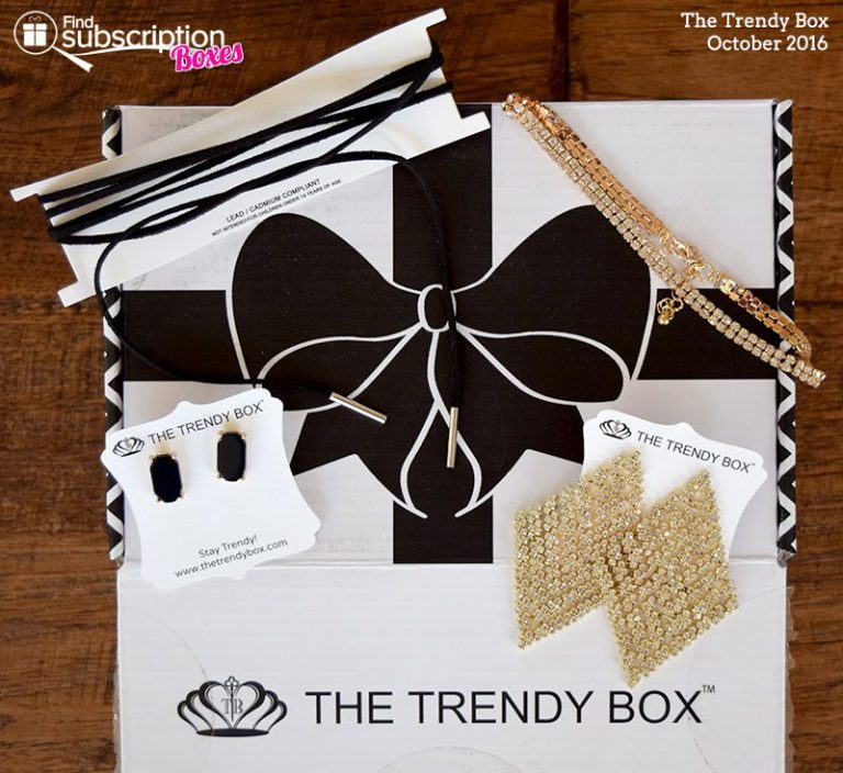 October 2016 The Trendy Box Review - Box Contents