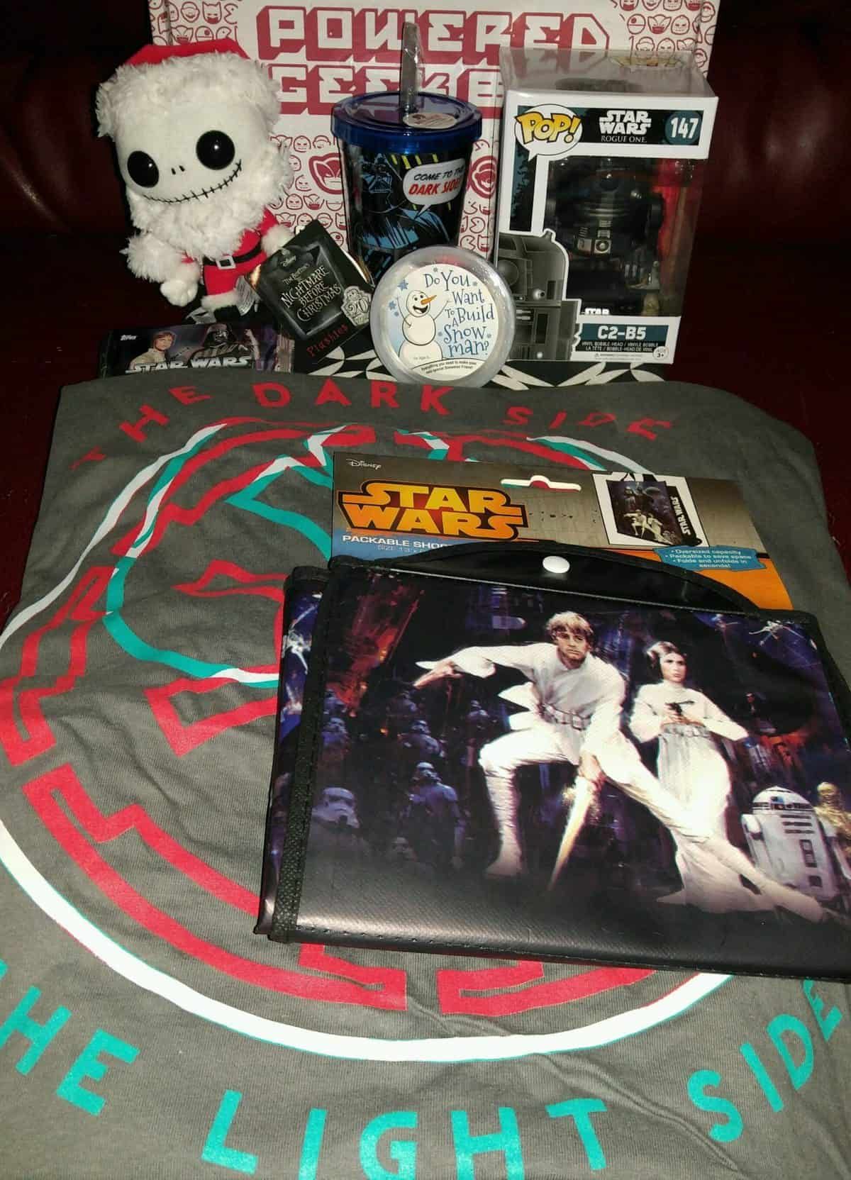 Powered Geek Box December 2016 Review - Box Contents