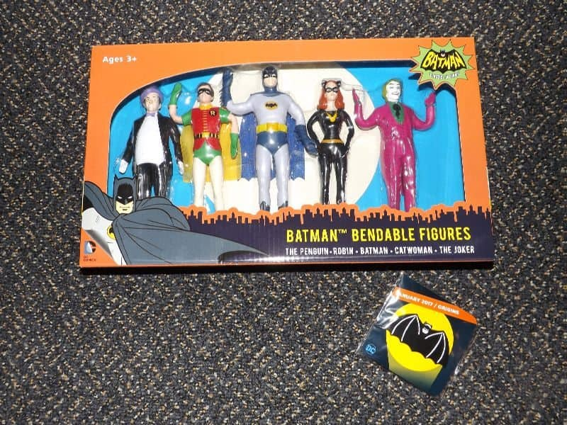 January 2017 Loot Crate DX Review - Origins Crate - 1960's Batman Bendable Figures