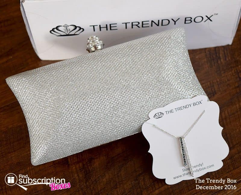 December 2016 The Trendy Box Review - Box Contents