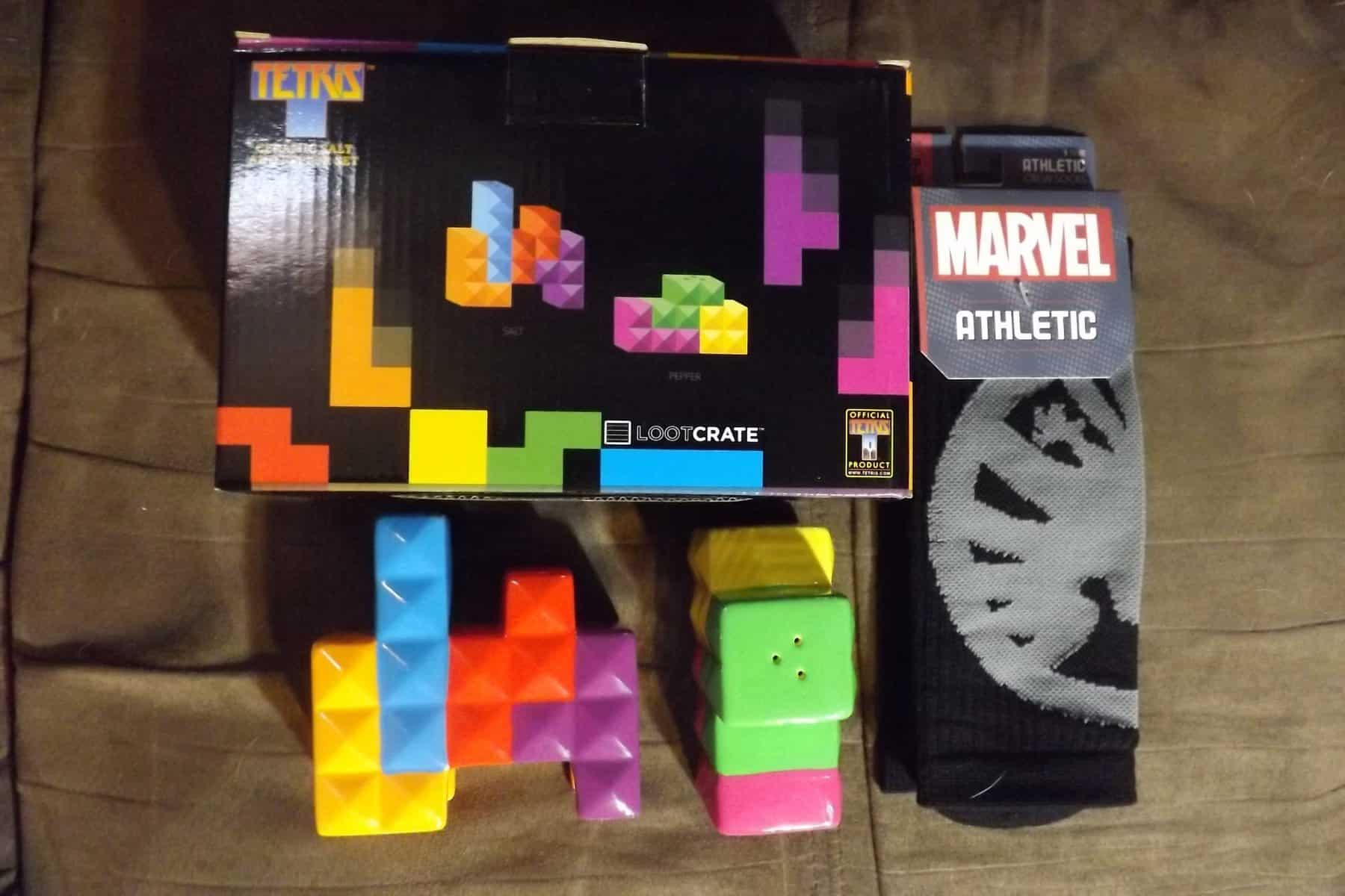 February 2017 Loot Crate DX Review - Tertris, Marvel