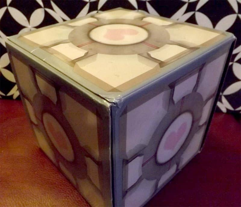 January 2017 Loot Gaming Review - Mad Science Crate - Companion Cube