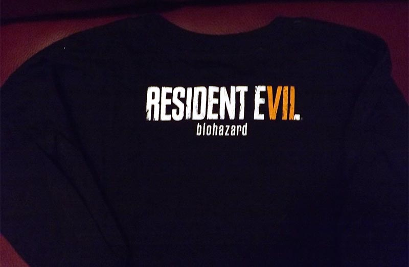 January 2017 Loot Gaming Review - Mad Science Crate - Resident Evil Shirt