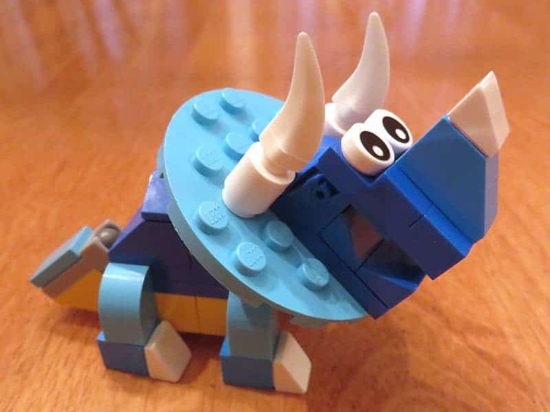 March 2017 Brick Loot Review - Brickasaurus World - Triceratops