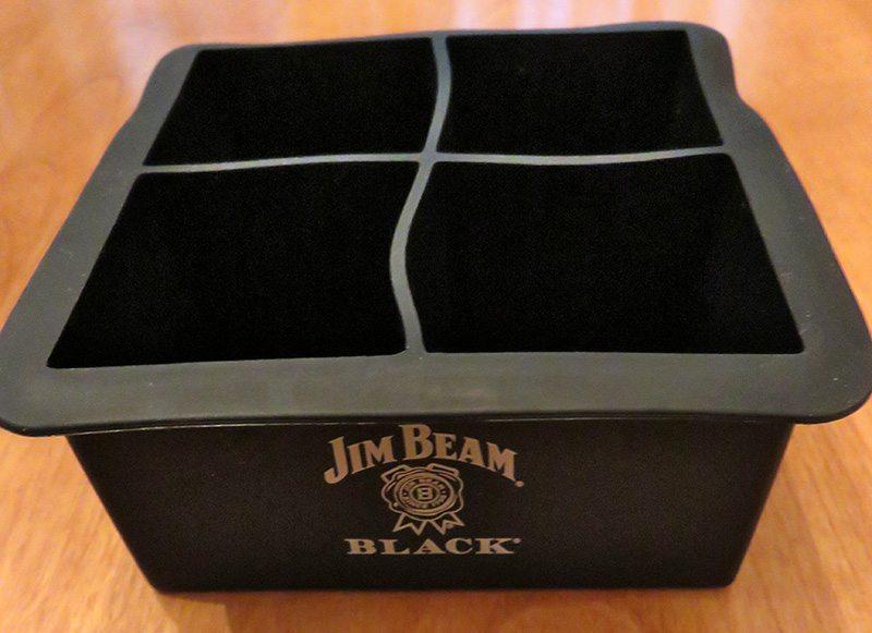 May 2017 Gentleman's Box Review - Jim Beam Ice Tray