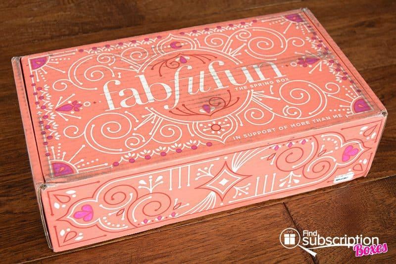 Spring 2017 FabFitFun VIP Box Review - Box