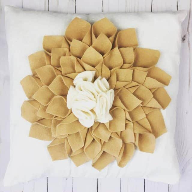 Home Made Luxe July 2017 Box Spoiler - DIY Felt Flower Pillows