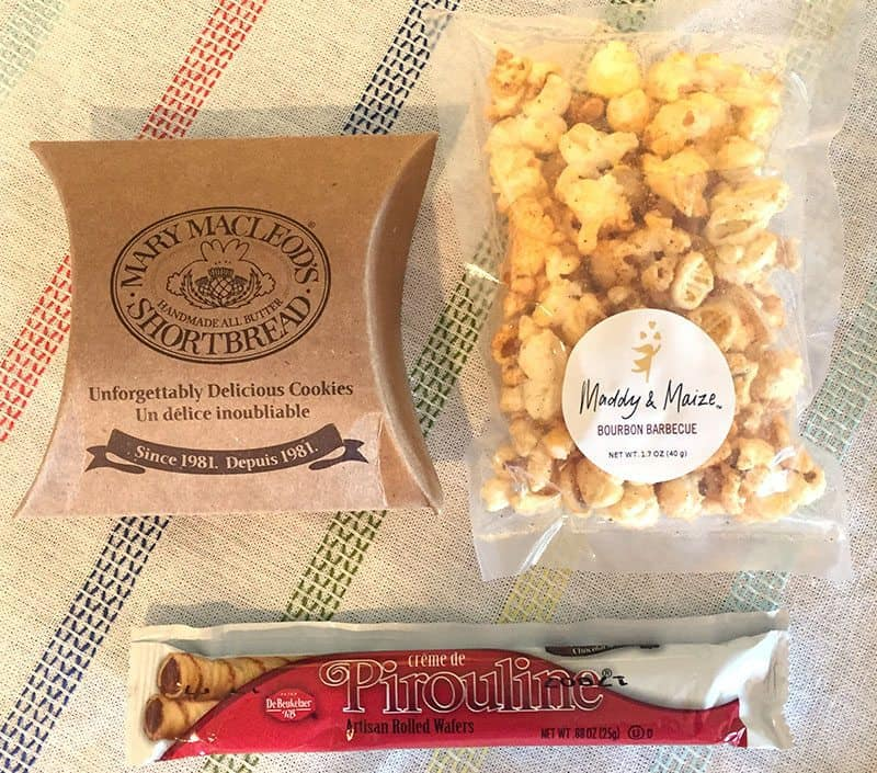 July 2017 UrthBox Review - Shortbread Cookies, Popcorn, Wafers