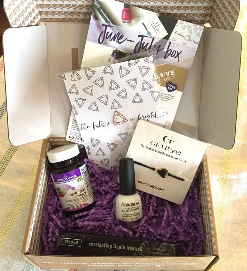 June/July 2017 LOVE GOODLY Review - Box Contents